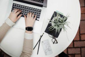 Jak skutecznie delegować zadania wirtualnej asystentce?
