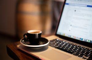 Jak nadać dostęp do fanpage wirtualnej asystentce?